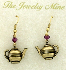 tea pot earrings,vintage tea jewelry,tea room jewelry,vintage fashion jewelry,victorian jewelry