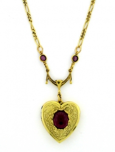 Vintage Victorian Style Heart Locket Necklace