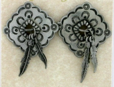 Southwest Style Feather Earrings - Polished Pewter