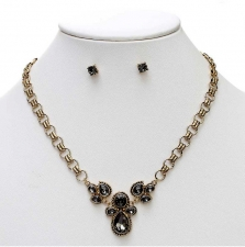 Vintage Inspired Victorian Style Necklace Set