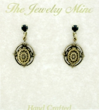 Vintage Victorian Crystal Post Earrings - Intaglio