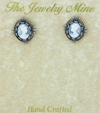 Vintage Victorian Style Cameo Button Earrings - Blue/Silver